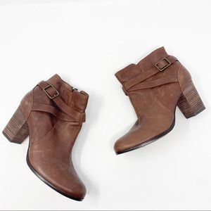 Cole Haan Leather Block Heel Booties Size 9